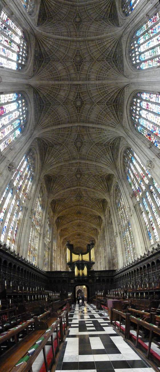 View of the fan-vault 1466-1515 Photo King's College Chapel, Cambridge, England