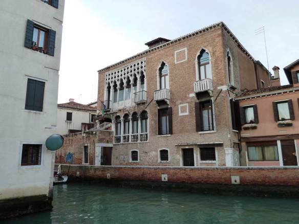Palazzo Ariani: Façade 1350-1400 Photo Rio dell'Angelo Raffaele, Venice
