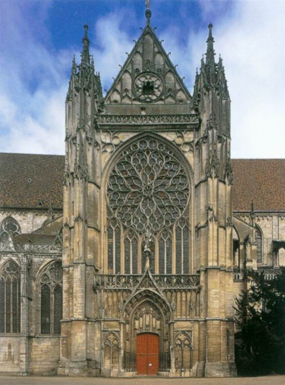 Exterior view 1490-1512 Photo Cathedral, Sens, France